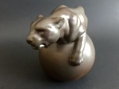 """LLadro Panther on an Orb """" Fearless"""" Retired Porcelain, Spain"""