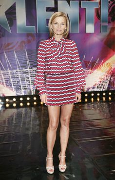 Małgorzata Foremniak Joanna Krupa, Tv Presenters, Soft Summer, Celebs, Celebrities, Celebrity Feet, Polish Girls, Mini Skirts, Actresses