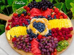 Raw Food Recipes, Fall Recipes, Healthy Recipes, Fruit Buffet, Fruit Party, Food Platters, Eating Raw, Clean Eating, Delicious Fruit