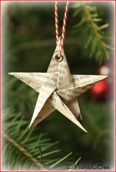 Und er macht doch echt was her, … Sponsored Sponsored This cute star is not hard to fold. As a gift tag or tree trailer, or… Continue Reading → Paper Christmas Ornaments, Handmade Christmas Decorations, Christmas Tree Themes, Christmas Crafts, Xmas, Holiday Decor, Homemade Decorations, Cute Stars, Paper Stars