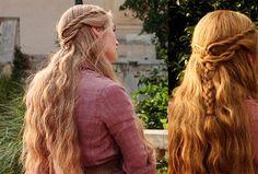 Hairstyles tutorial Game of Thrones Hairstyles - Cersei Lannister rope braid hairstyle tutorial Game of Thrones Hairstyles – Cersei Lannister (Lena Headey) rope braid hairstyle tutorial Rope Twist Braids, Rope Braid, Lena Headey, Game Of Thrones, Retro Updo, Medium Hair Styles, Long Hair Styles, Hair Romance, Cersei Lannister