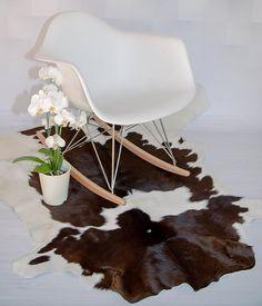 Luxury cowhide rug. Cowhide rug. Large Brown and White cow