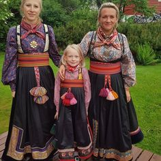 Norwegian Clothing, Danish Culture, Kids Around The World, Swedish Fashion, International Style, Thinking Day, Medieval Dress, Folk Costume, Historical Clothing
