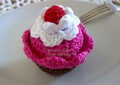Tecendo Artes em Crochet: Passo a passo dos Cupcakes de crochê