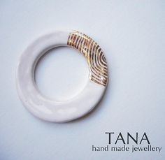 Tana šperky - keramika/zlato by Tana - SAShE.sk - Handmade Odznaky/Brošne