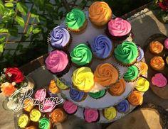 Los Cupcakes fueron los protagonistas de este divertido matrimonio, elaborados de diferentes sabores!