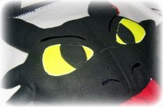 Toothless Pillow Tutorial and Pattern!