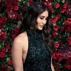 Image may contain: 1 person Bollywood Heroine, Bollywood Actress Hot, Beautiful Bollywood Actress, Bollywood Actors, Bollywood Celebrities, Bollywood Fashion, Beautiful Actresses, Karena Kapoor, Hollywood Actress Photos