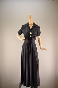 1940s black dressing gown 40s lounge wear size by melsvanity, $78.00