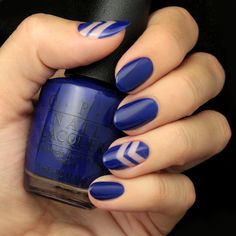 We are loving jewel tones for the fall season, which is why we have the perfect Navy Blue Negative Space Nail Tutorial ready for you to try!