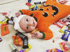 Halloween Baby Pictures, Fall Baby Pictures, Baby First Halloween, Newborn Pictures, Halloween 1, Holiday Pictures, Milestone Pictures, Monthly Baby Photos, Thanksgiving Baby