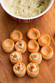 Appetizer Dishes, Appetizers, Amazing Food Decoration, Vol Au Vent, Holiday Recipes, Avocado, Deserts, Good Food, Cooking Recipes
