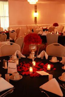 """black and red wedding decor Teresa Lundy this is close to a """"T"""" on how I'd visioned the tables to look with the vases and the flowers."""