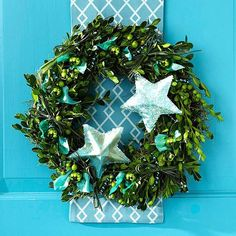 Julkrans i gröna toner (Accent a Christmas Wreath with Scrap Ribbon) Outdoor Christmas Wreaths, Christmas Wreaths To Make, Holiday Wreaths, Christmas Crafts, Christmas Ornaments, Tree Decorations, Christmas Decorations, Holiday Decor, Christmas Door Hangings