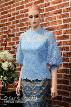 Kebaya Kebaya Lace, Kebaya Dress, Batik Kebaya, Dress Pesta, Batik Dress, Kebaya Hijab, Kebaya Modern Dress, Model Kebaya Brokat Modern, Dress Brokat Modern
