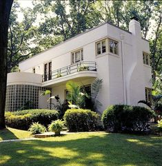 Beautiful, classic Art Deco house. #HotelExteriorDesign