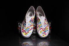 Idee Regalo Scarpe Personalizzate http://atutto.net/1yH552c #Converse, #ScarpeDipinteAMano, #ScarpePersonalizzate, #Snickers, #Vans