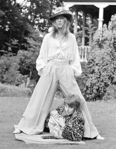 david bowie, with then-wife angie and their son in 1971