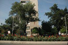 Immagini e vita del quartiere popolare della città di Burgas: Lazur http://nicolettafrasca.wordpress.com/2014/11/23/bulgaria-burgas-lazur/