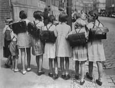 View top-quality stock photos of Going Home After School. Find premium, high-resolution stock photography at Getty Images. New York School, The New School, New School Year, After School, School Days, First Day Of Class, First Day School, Images Vintage, Photo Vintage