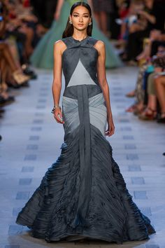 fyeahvintagediary:  New York Fashion Week: Zac Posen SS 2013, Bruna Tenorio