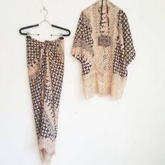 New set Lace outer and rok ikat 💚💚💚 Kebaya Lace, Batik Kebaya, Batik Fashion, Hijab Fashion, Fashion Dresses, Blouse Batik, Batik Dress, Dress Pesta, Eid Outfits