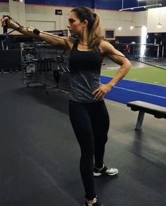 "Shoulders Alexia Clark ""Try this cable SuperSet! 1. 15reps each side 2. 12-15 reps 4 rounds #AlexiaClark…"""
