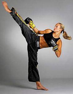 kick boxing femenino - Colección fotográfica de la Unidad Especializada en Ortopedia y Traumatologia www.unidadortopedia.com PBX: +571-6923370, Móvil: +57-3175905407, Bogotá, Colombia.
