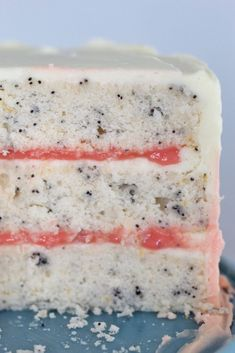 With winter fruits at their peak, grab some perfectly pink grapefruits and whip up my Grapefruit Poppy Seed Cake with homemade grapefruit curd filling! Food Cakes, Cupcake Cakes, Cupcakes, Fruit Cakes, Dessert Party, Just Desserts, Dessert Recipes, Grapefruit Recipes Dessert, Grapefruit Curd