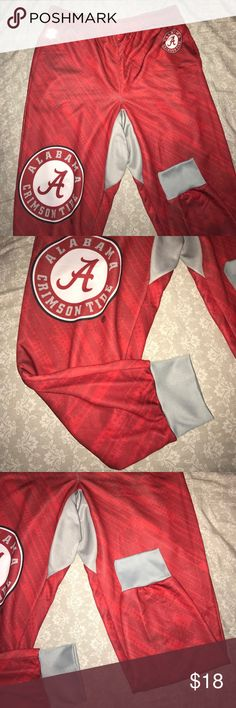 Alabama Rolling Tide Joggers Relax in these comfortable XL Alabama Crimson Tide joggers. Only worn once. Freshly washed. Pants Track Pants & Joggers