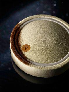 Entremet infiniment vanille de Pierre Hermé #herme #vanille #pastry #gastronomy #macaronsetgourmandises