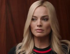 Watch the first trailer for the film 'Bombshell' starring Charlize Theron as Megyn Kelly and Nicole Kidman as Gretchen Carlson. Margot Robbie Gif, Margot Robbie Style, Actress Margot Robbie, Margot Robbie Harley Quinn, Alanna Ubach, Rob Delaney, Connie Britton, Avengers Girl, Allison Janney
