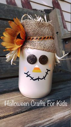 Halloween crafts for kids – 19 upcycled toilet paper rolls ideas crafts for kids – 19 ideas! The post Halloween crafts for kids – 19 upcycled toilet paper rolls ideas appeared first on Crafts. Mason Jar Projects, Mason Jar Crafts, Bottle Crafts, Diy Projects, Sewing Projects, Imprimibles Halloween, Manualidades Halloween, Halloween Mason Jars, Fall Mason Jars