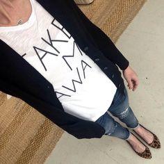 Instagram @headedoutthedoor #ootd || @oldnavy shirt and boyfriend sweater | @vigossusa jeans | @madewell1937 flats | @kendrascott necklace