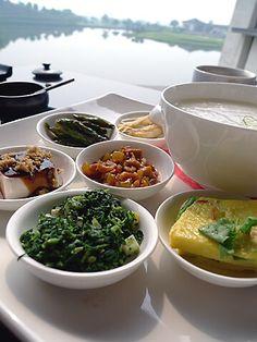 Porridge Chinese Breakfast, Asian Recipes, Ethnic Recipes, Palak Paneer, Food, Asian Food Recipes, Meals, Yemek, Eten
