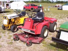 Riding Lawn Mowers, Tractors, Outdoor Power Equipment, Fun Facts, Kubota, Landscape, Interesting Facts, Kos, Building