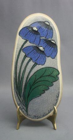 Image result for helja liukko-sundstrom arabia Ceramic Wall Art, Wood Slices, Spoon Rest, Ceramics, Image, Ceramica, Pottery, Wood Rounds, Ceramic Art