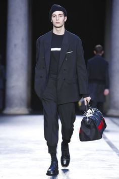 Neil Barrett Fashion Show Menswear Collection Fall Winter 2017 in Milan