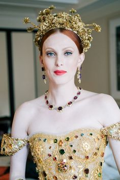 Karen Elson got ready for the Met Gala with tea, spaghetti and Syd Barrett on her playlist, a woman after my own heart! 'As 6 p.m. approaches, the Syd Barrett playlist on Elson's laptop gets turned off and things become a little more frantic.' -From The Cut