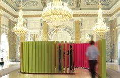 Sound absorbing modular room; vertical baffles; acoustic design