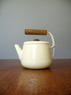 Vintage Scandinavian Style Enamel Teapot by luola on Etsy
