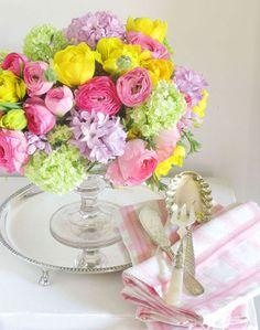 Beautiful Spring Arrangement.  Eddie Ross is my Fave!