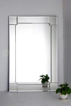 Espelhos Decorativos. Montagens exclusivas. http://vidracariashow.com.br…