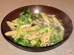 penne z brokulami i sosem serowym