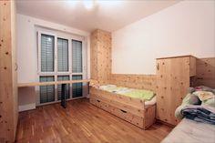 Kinderzimmer in Zirbenholz mit zwei Zirbenbetten. Toddler Bed, Furniture, Home Decor, Carpentry, Bed, Bedroom, Timber Wood, Child Bed, Decoration Home