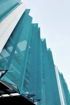 Awesome Metal Facades You Need to See Parking Building, Building Facade, Building Exterior, Building Design, Perforated Metal Panel, Metal Panels, Facade Design, Exterior Design, Facade Pattern