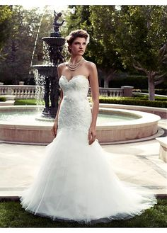 ALLURING SATIN STABILIZED YARN MERMAID SWEETHEART NECKLINE NATURAL WAISTLINE WEDDING DRESS IVORY WHITE LACE BRIDAL