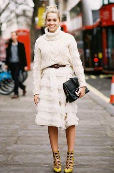 Winter fashion: #sweater + some fringe. Street style fashion.