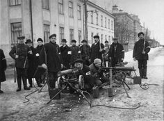 February 1918 - Reds and Whites Clash as Finnish Tensions turn to Civil War Pictured - Members of a bourgeois militia take to the streets in Vasa. All around Finland people mobilized into paramilitary formations to fight their enemies. Fun World, World War I, World History, Finnish Civil War, World Conflicts, Armed Conflict, Russian Revolution, Red Army, Military History
