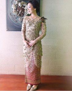 Model Dress Kebaya, Model Kebaya Brokat Modern, Kebaya Modern Dress, Dress Brukat, Hijab Dress Party, Batik Dress, Kebaya Simple, Kebaya Muslim, Kebaya Hijab